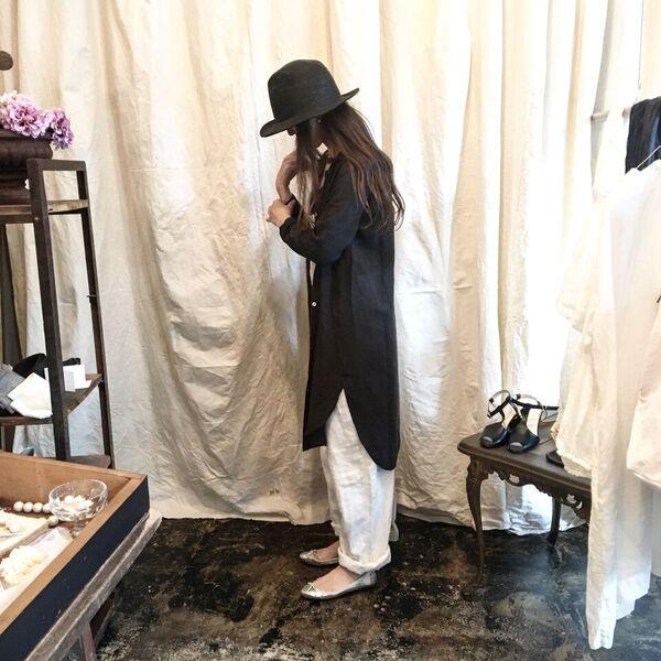 evam eva : linen slit shirt robe